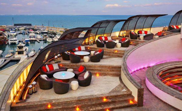 nobu doha paquete de viaje mundial qatar terraza 2
