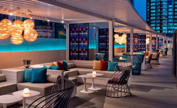 wahm poolside lounge doha mexticket paquete de viaje
