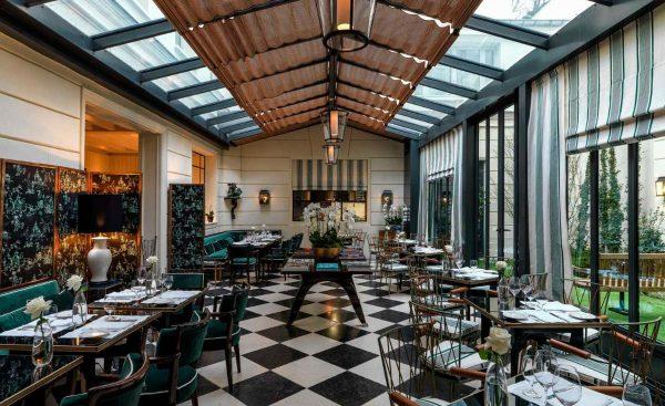 hotel jk place paris restaurante